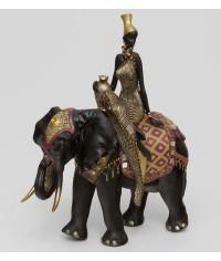 "Статуэтка ""Африканская леди на слоне"""