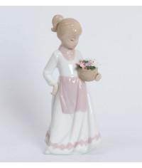 "Статуэтка ""Девочка с цветами"" (Pavone)"